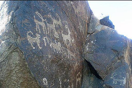 ورود دادستانی به تخریب سنگ نگاره های چند هزار ساله طرقبه