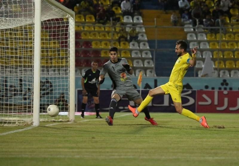 لیگ برتر فوتبال، تساوی شاهین و پارس جنوبی در 45 دقیقه نخست