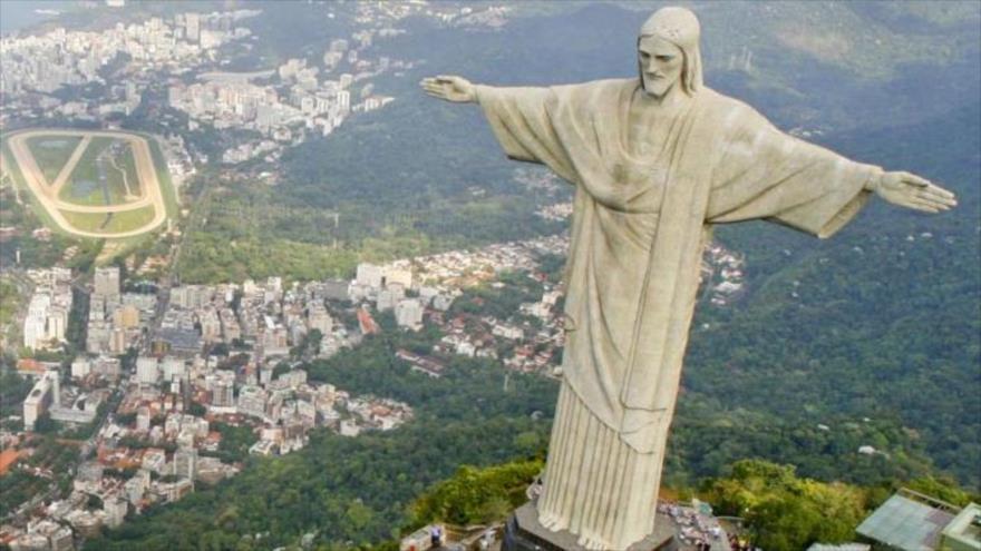 والیبالیست های برزیلی به قهرمانی دست یافتند