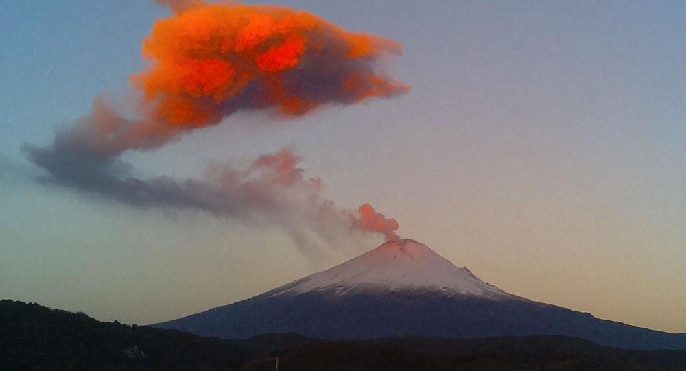 کشف بزرگترین منطقه آتشفشانی روی زمین