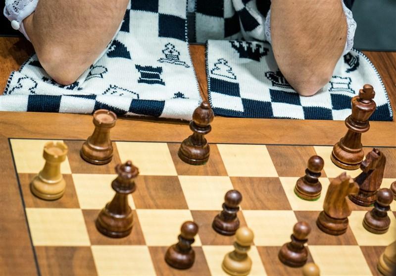 صعود شطرنج باز کشورمان به مرحله یک چهارم نهایی، شطرنج باز روس هم مقابل خادم الشریعه تسلیم شد