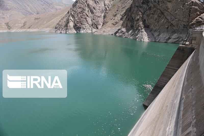 خبرنگاران کاهش 4 درصدی حجم آب ذخیره شده در سدهای کشور