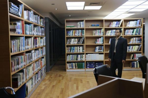 خبرنگاران کتابخانه موزه عظیم خراسان هفت هزار جلدکتاب تخصصی دارد