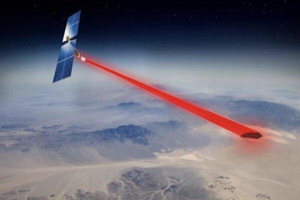پنل خورشیدی فضایی برق را به زمین می رساند