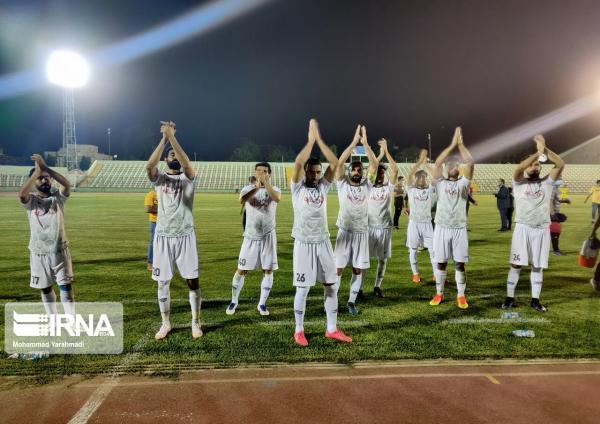 خبرنگاران خیبر خرم آباد به یک چهارم نهایی جام حذفی کشور صعود کرد