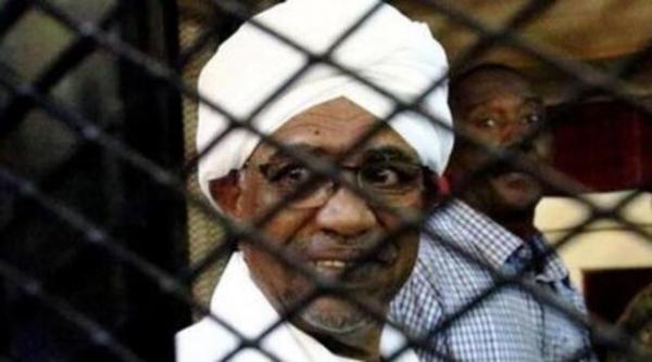 شرط دادگاه لاهه برای محاکمه عمر البشیر در سودان