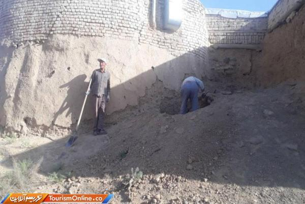 امامزاده سید عباس (برگمن)شهرستان خمین بازسازی اضطراری می گردد