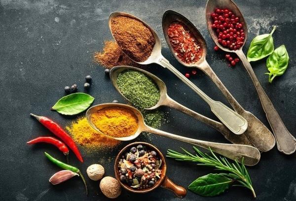 7 ادویه لاغر کننده که شما را در رژیم های غذایی یاری می نماید
